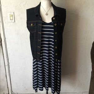Mossimo supply co. Navy with white stripes dress